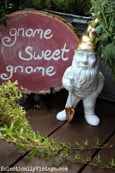 Make a chalkboard log slice and gilded gnome! eclecticallyvintage.com