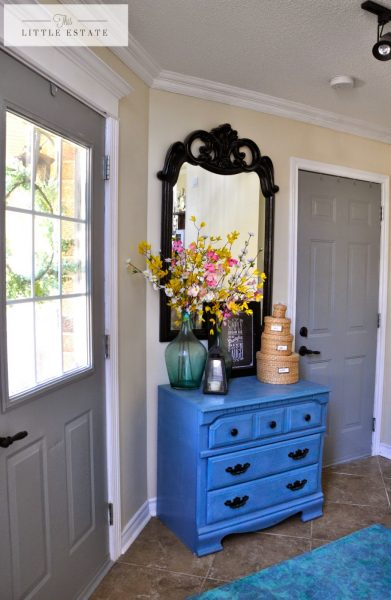 Gorgeous house tour - love the bold blue pop of color in the foyer kellyelko.com