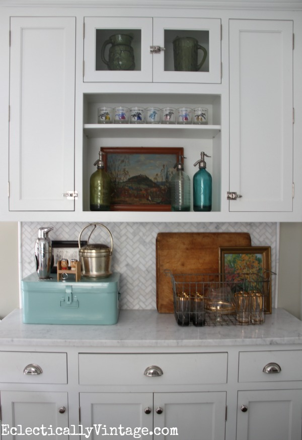 Fun kitchen display for fall eclecticallyvintage.com #EclecticallyFall