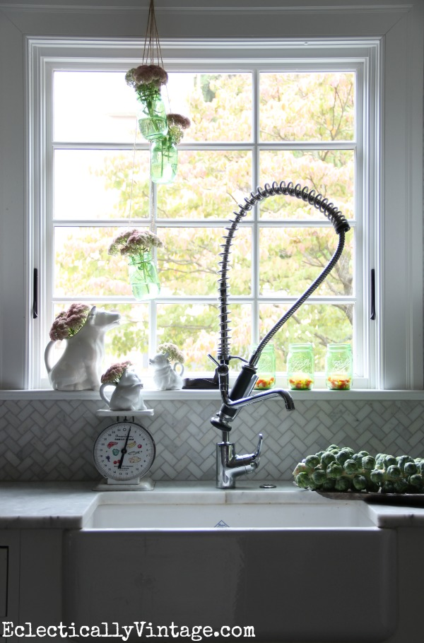 Mason-Jar-Window-Decorations