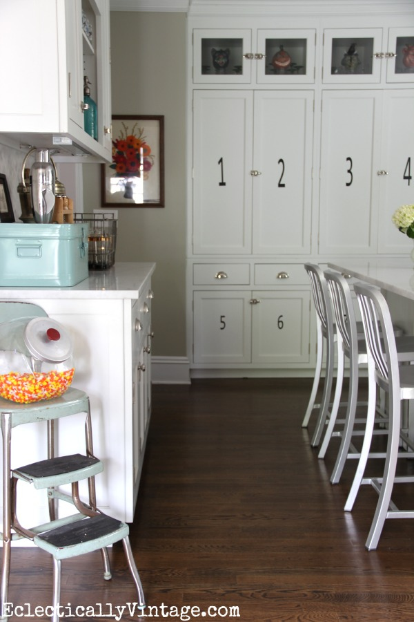 I love this white kitchen - the perfect blend of vintage style and modern kellyelko.com