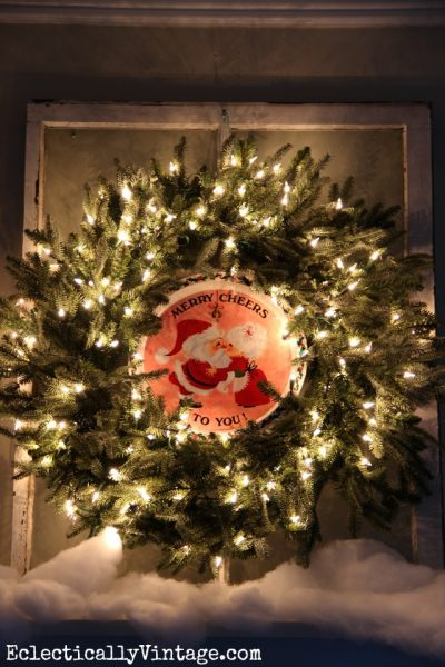 Christmas Wreath Decorating Ideas - see this wreath 3 different ways! eclecticallyvintage.com