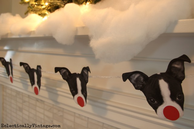 How cute is this dog garland for Christmas- see how to turn your pet's photo into Rudolph! kellyelko.com