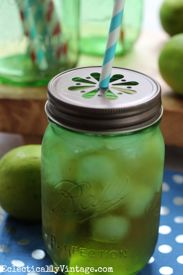 Moscow Mule cocktail recipe - so cute served in these green mason jars kellyelko.com