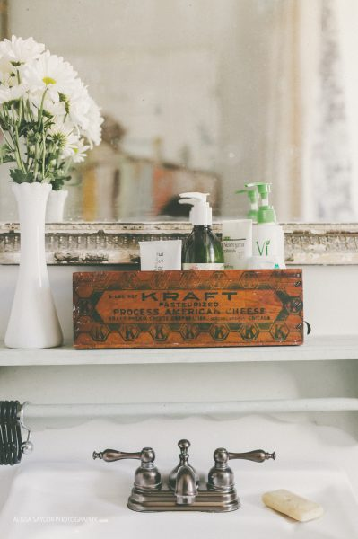 Old wooden crate perfect for bathroom storage kellyelko.com