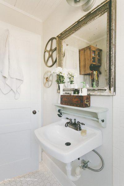 Tiny white vintage bathroom with charm kellyelko.com