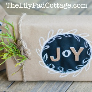 Make Chalkboard Gift Wrap kellyelko.com