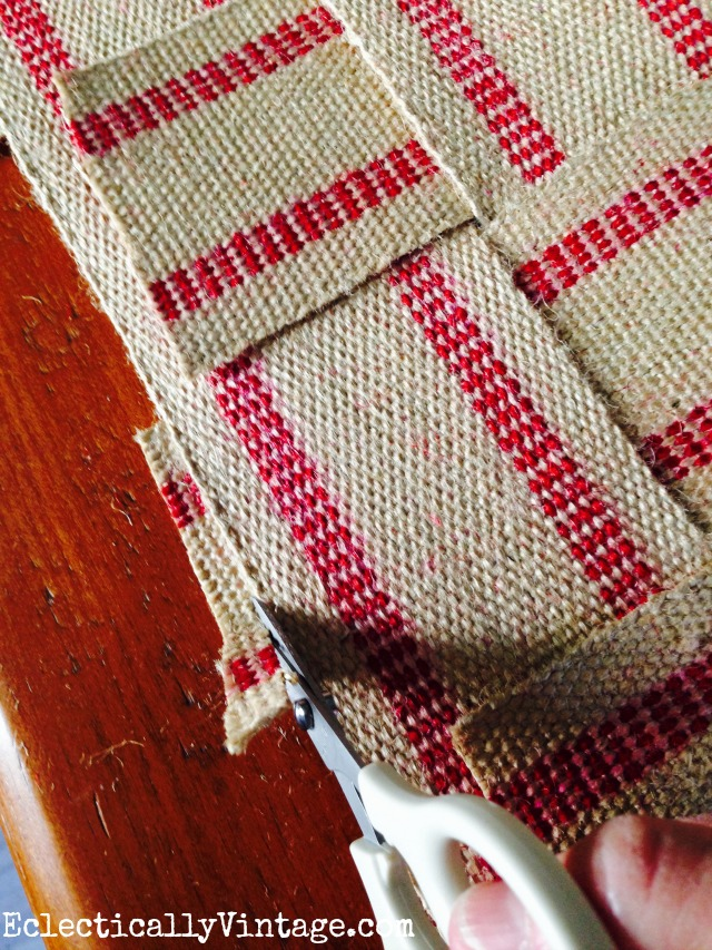 Make a no sew table runner from jute webbing kellyelko.com