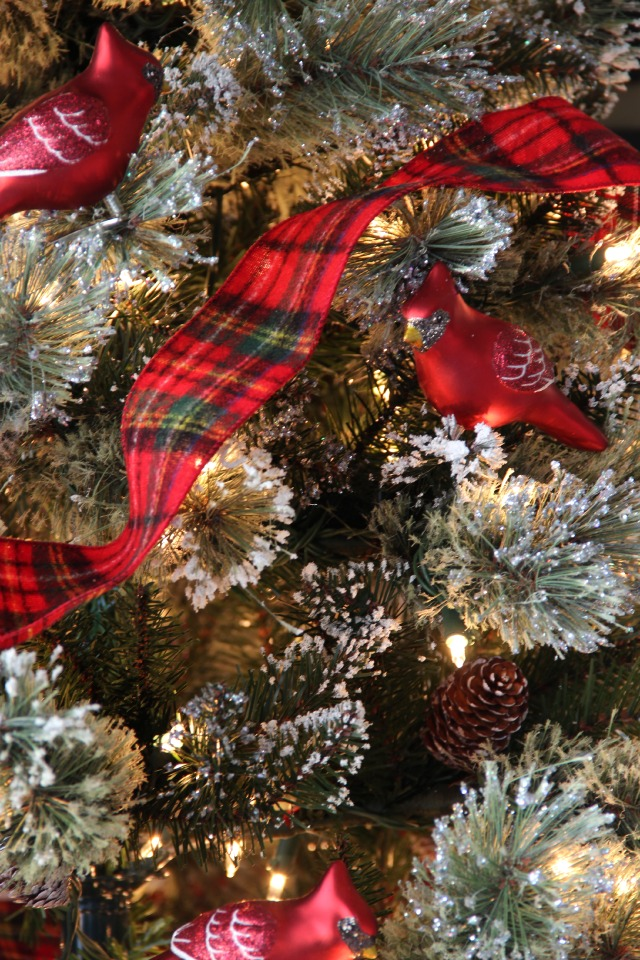 snowberry cardinals and red plaid christmas tree this tree is gorgeous kellyelkocom - Red Cardinal Christmas Decorations