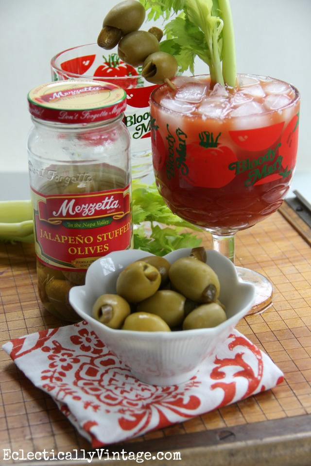 The perfect brunch Bloody Mary recipe with an extra kick! kellyelko.com