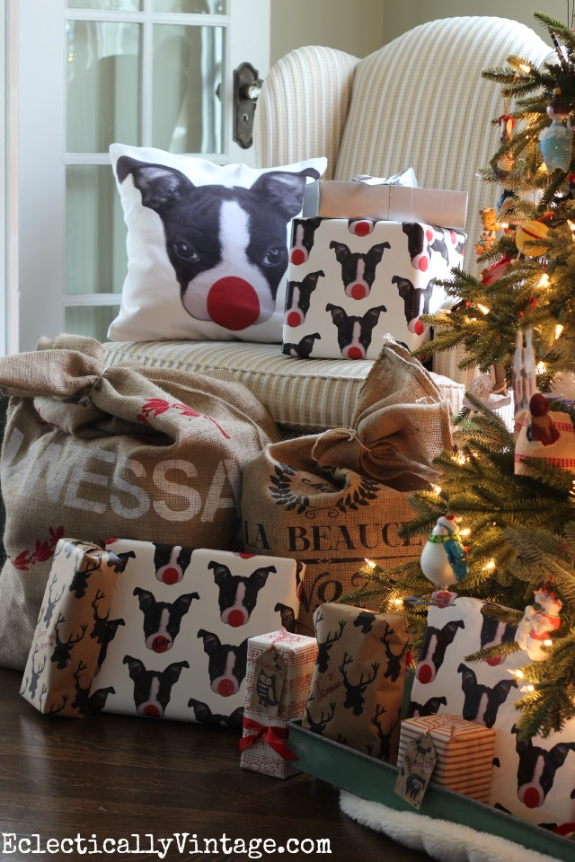 Did you know you can make your own customized pillow and gift wrap! Love the cute little Boston Terrier kellyelko.com