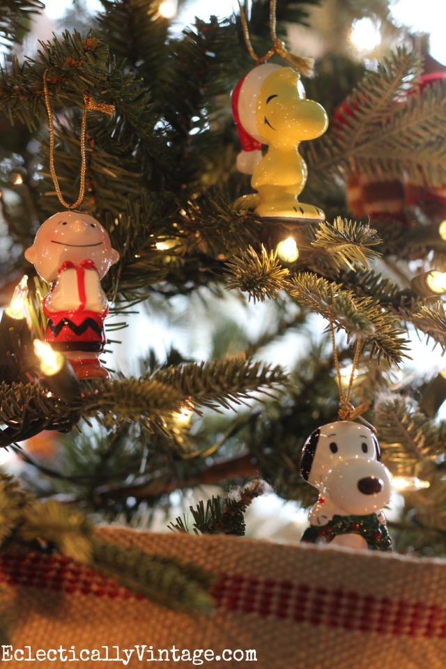 Vintage Peanuts Christmas ornaments kellyelko.com