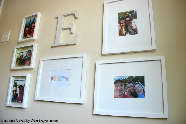 Tips on creating a fun Selfie Family Gallery Wall with FREE Selfie printable! kellyelko.com #DamageFreeDIY