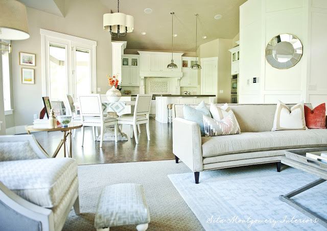 Beautiful home tour - love the open floor plan from family room to kitchen kellyelko.com