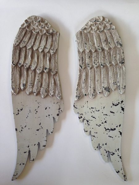 Love these wood shabby angel wings