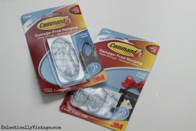 My five favorite ways to use Command Hooks to get organized - finally! kellyelko.com #DamageFreeDIY