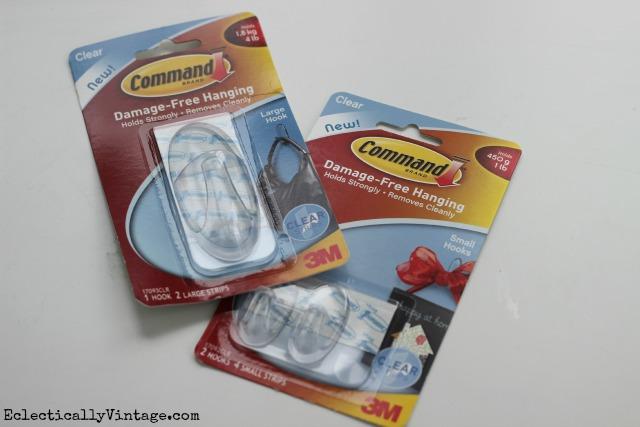 My five favorite ways to use Command Hooks to get organized - finally! kellyelko.com #DamageFreeDIY