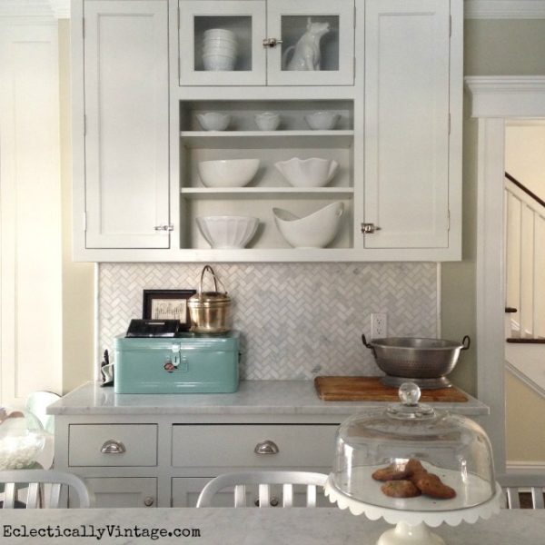 White Kitchen display eclecticallyvintage.com