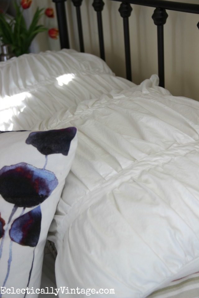 Love the texture of this runched bedding kellyelko.com