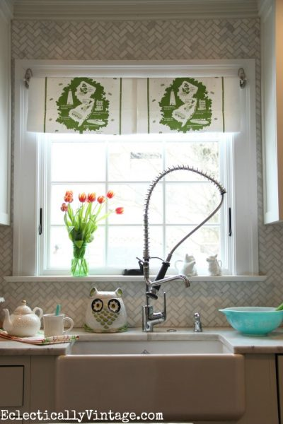 Make a DIY Dish Towel Window Treatment eclecticallyvintage.com