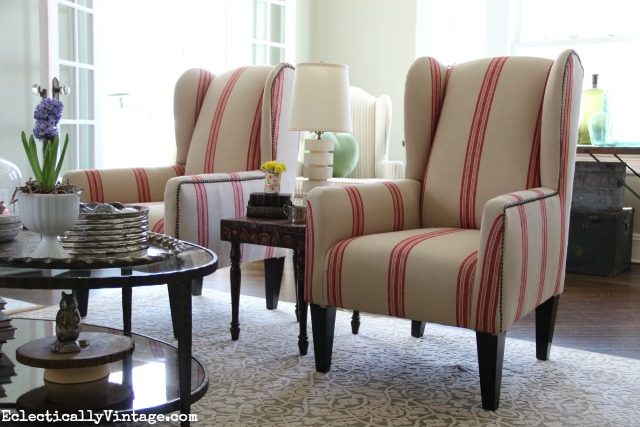 Love these red grain sack chairs in this beautiful living room kellyelko.com