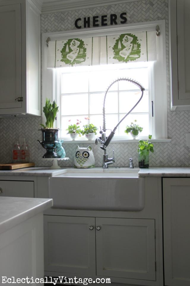 Spring-Kitchen-Window