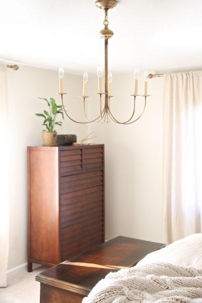 I love chandeliers in bedrooms kellyelko.com