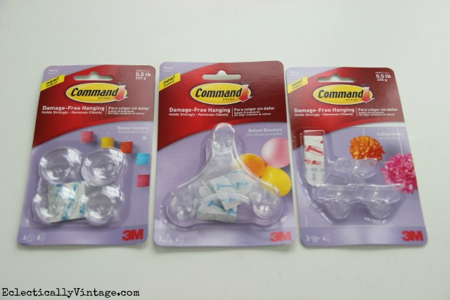Command Party Hooks - love this line of products kellyelko.com #DamageFreeDIY