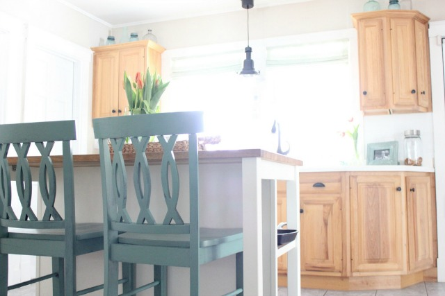 Love the blue bar stools and maple kitchen cabinets kellyelko.com