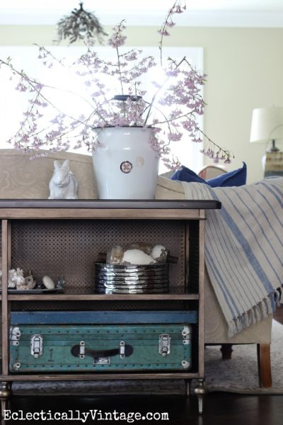 Spring Decorating eclecticallyvintage.com