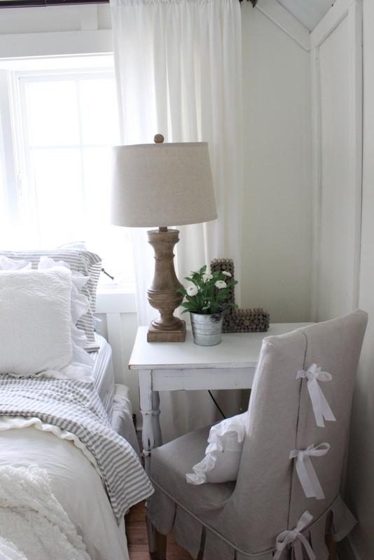 Use a bedside table as a desk kellyelko.com