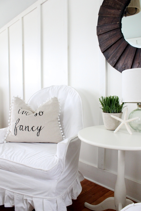 How cute is this reading nook and the pom pom pillow kellyelko.com