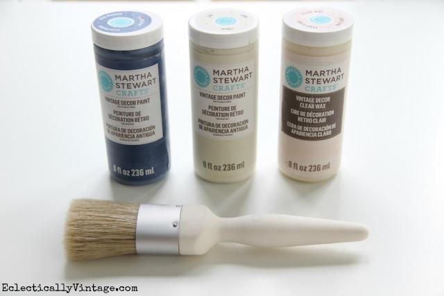 How to distress furniture with Martha Stewart Vintage Decor Paint kellyelko.com