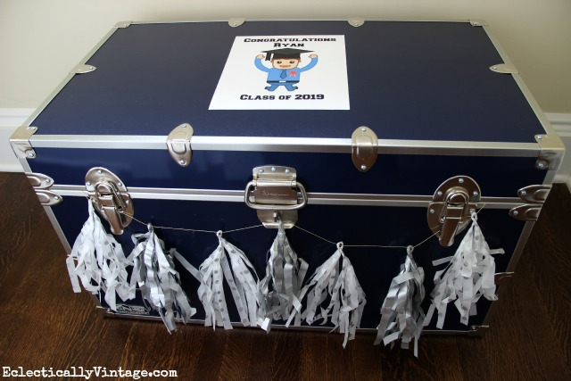 Love this graduation gift trunk idea - such a great idea for a high school grad kellyelko.com