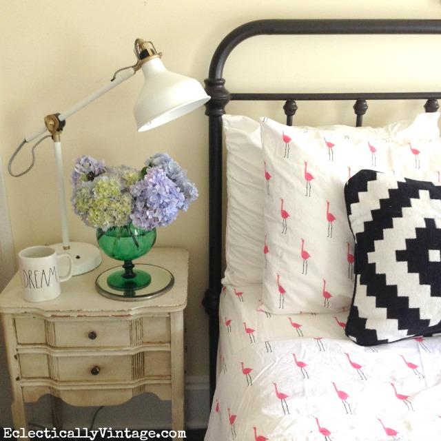 How cute are these pink flamingo sheets - love everything about this guest bedroom! kellyelko.com