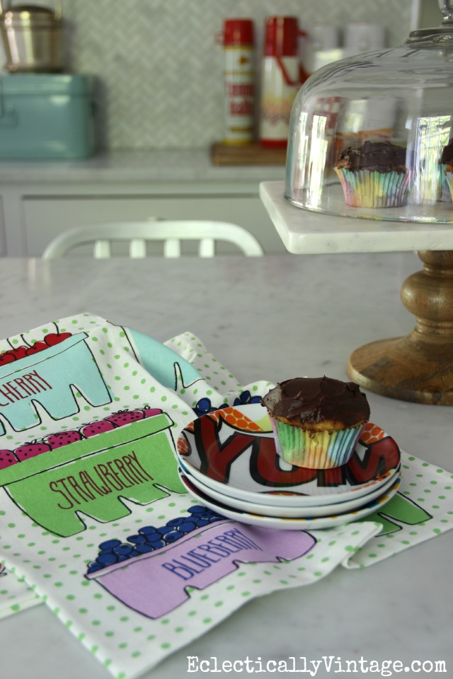 It's easy to add color to a kitchen with a fun dish towel eclecticallyvintage.com