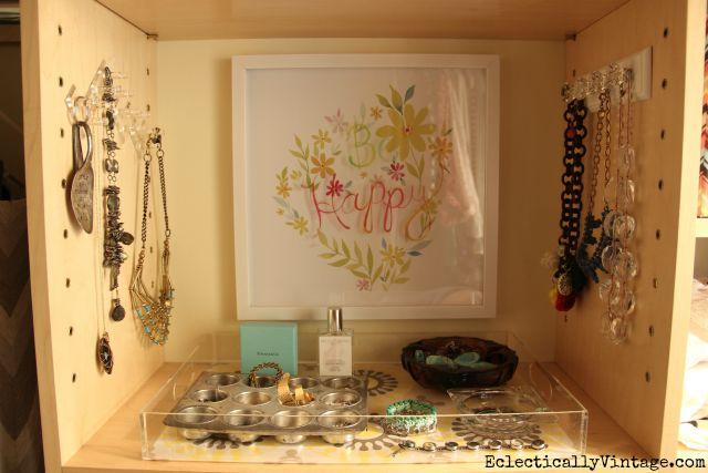 Create a jewelry organization station in your closet kellyelko.com