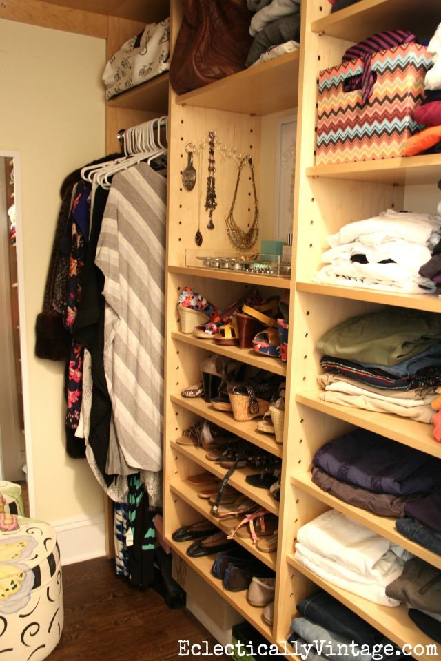 Love this organized closet with room for clothes, shoes, hanging dresses and even jewelry kellyelko.com