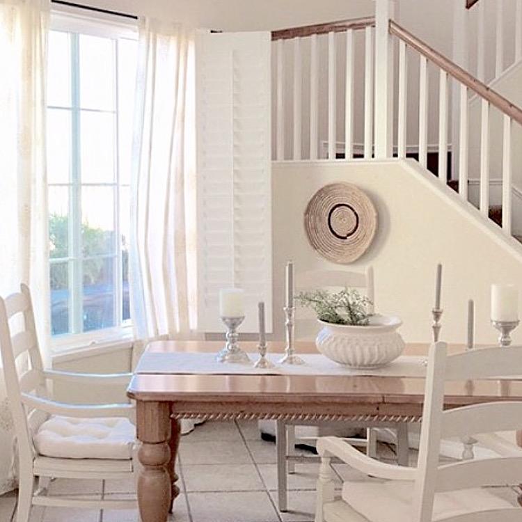 Love this neutral dining room kellyelko.com