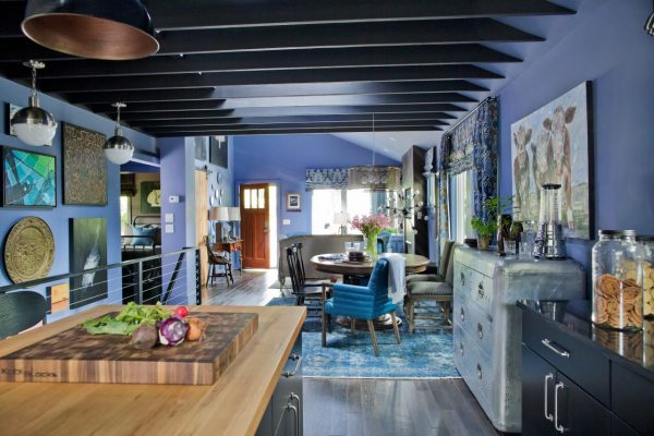 Love the exposed beams in this cottage kitchen kellyelko.com