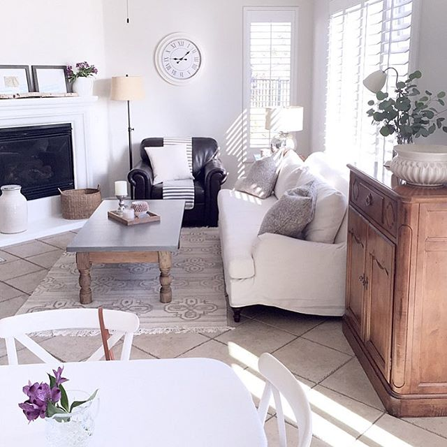 Beautiful and cozy home tour - love the neutrals kellyelko.com