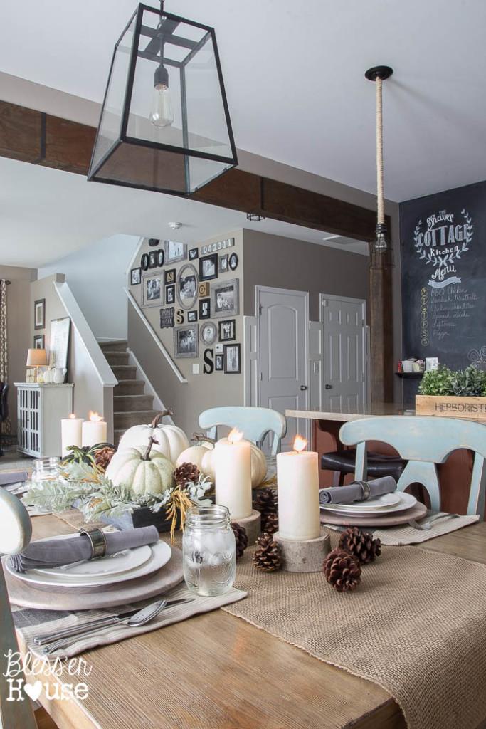 Cottage dining room - love the lantern