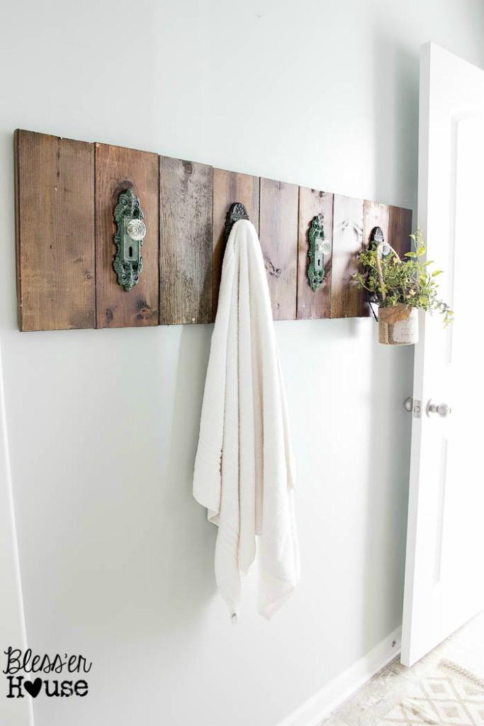 Door knob hook towel holder