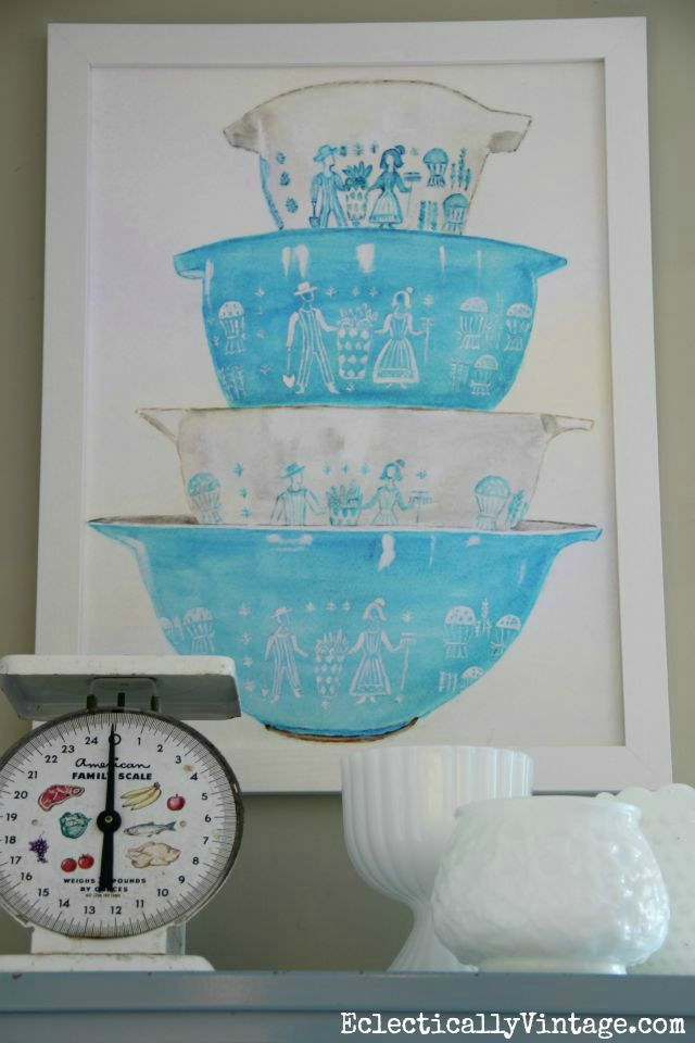 Vintage Pyrex - FREE watercolor printable! Fun artwork for any kitchen kellyelko.com