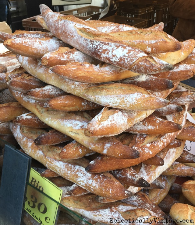 Baguettes in Paris! Love this fun itinerary with insider tips for an amazing Paris vacation kellyelko.com