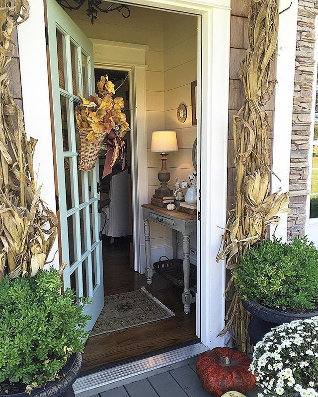 Beautiful fall porch and entry eclecticallyvintage.com