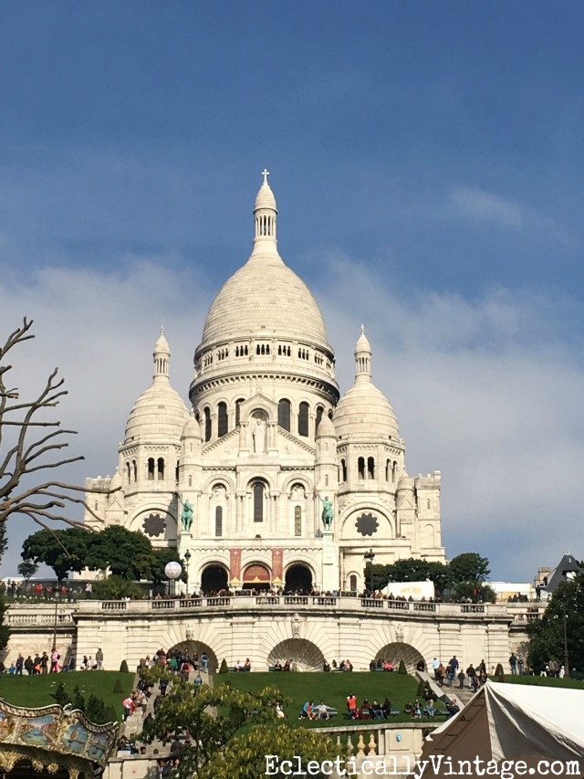 Sacre Coeur in Paris - love this itinerary for doing Paris right! kellyelko.com