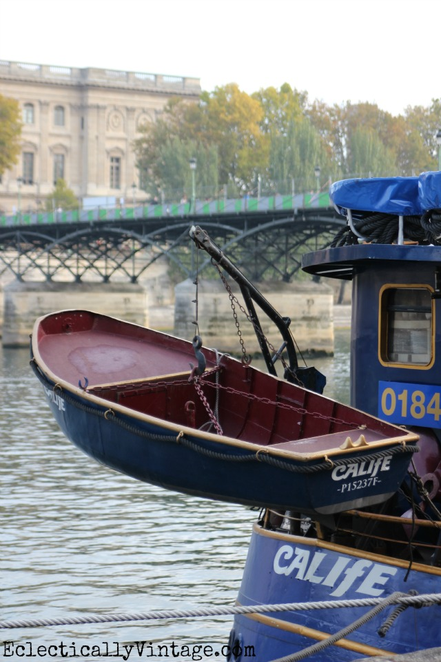 Seine boats - love this itinerary for seeing Paris kellyelko.com
