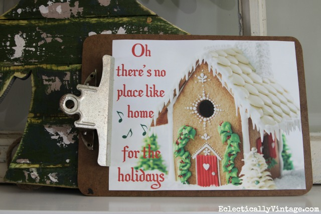Free Christmas Gingerbread House Printable - so cute! kellyelko.com