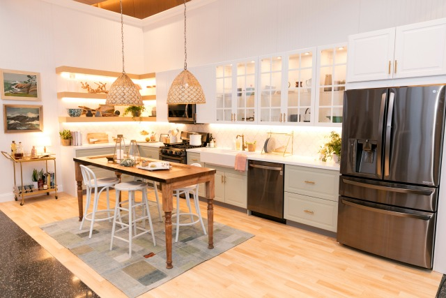 Love this beachy kitchen and the one of a kind touches like the old door island kellyelko.com